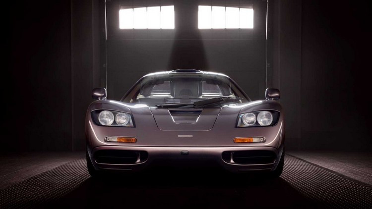 1995-mclaren-f1-gooding-and-company-auction-2020-nose.jpg